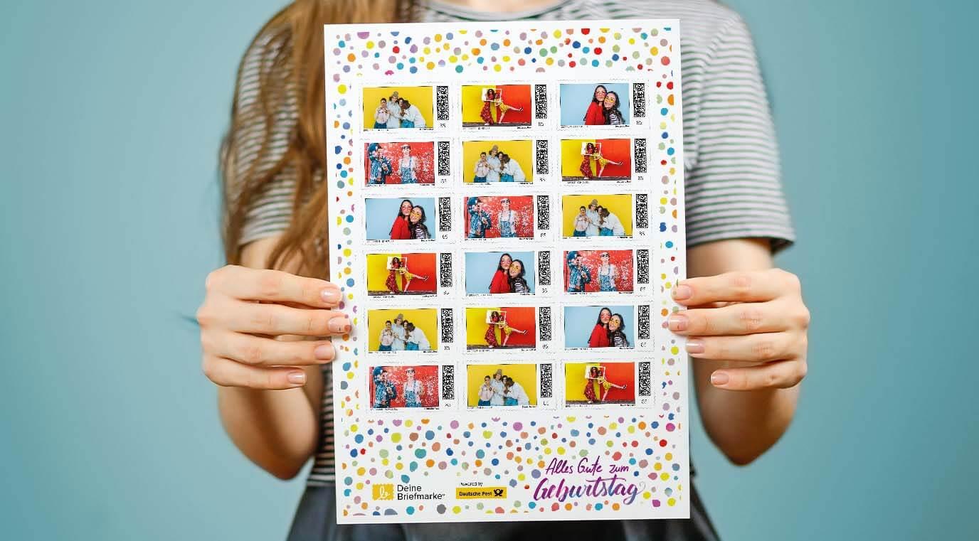 Mit selbst gestalteten Briefmarken überraschen.